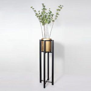 استند گل فلزی پایه دار